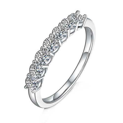 0.7ct Vvs1 Silver Moissanite Ring