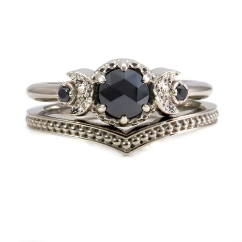 Cool Engagement Rings For Women