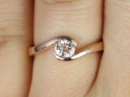 Morganite Single Twist Engagement Ring