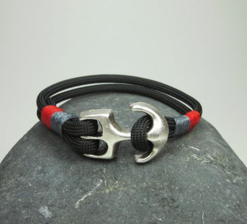Paracord Bracelets With Beads