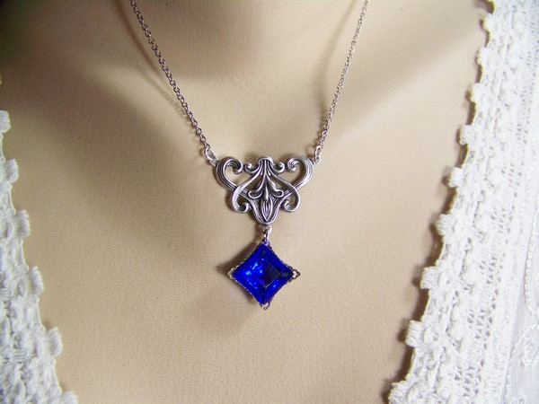 Birthstones Sapphire Necklaces