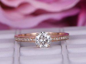 Brilliant Moissanite Engagement Ring