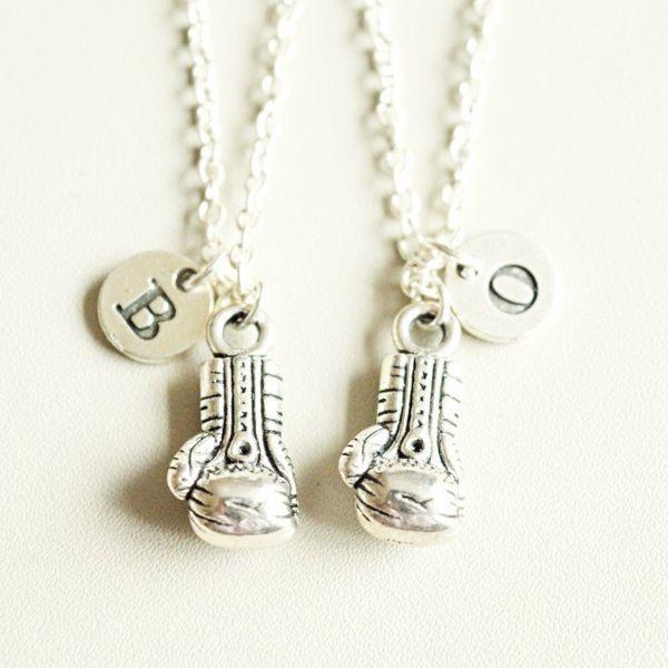 couples puzzle necklaces 1