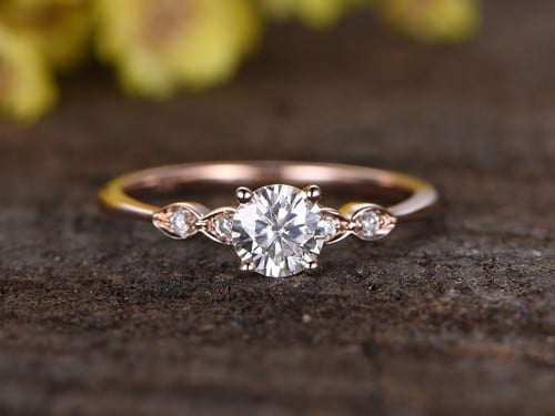 Emerald Cut Moissanite Engagement Rings