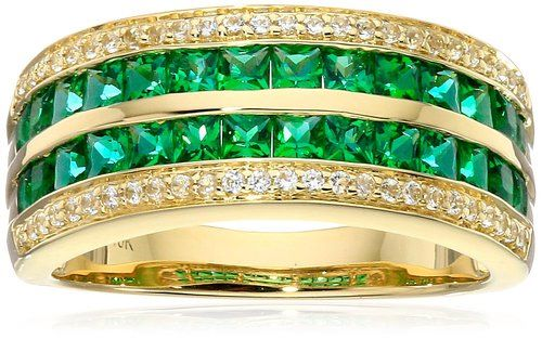 Emerald Rings In Yellow Gold