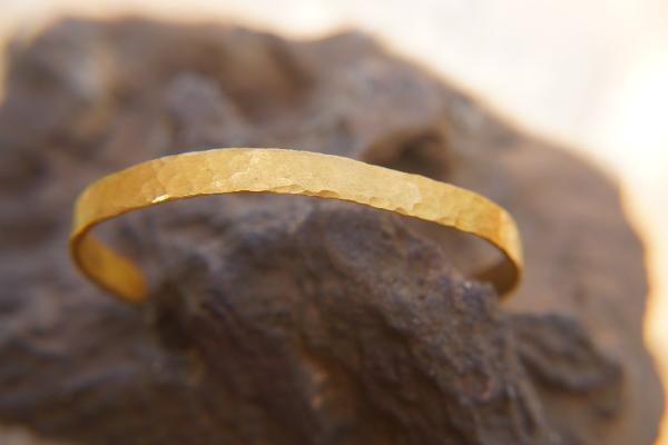 Gold Bracelets For Womens Online