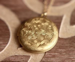 Gold Locket Necklace Vintage