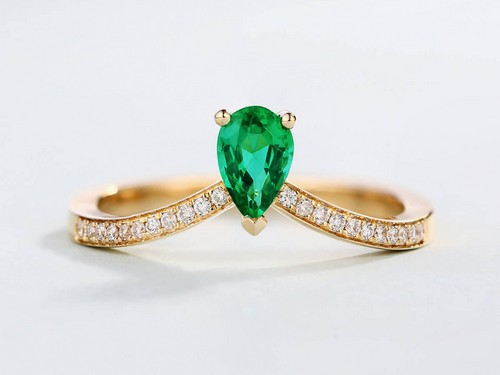 Green Emerald And Diamond Engagement Rings