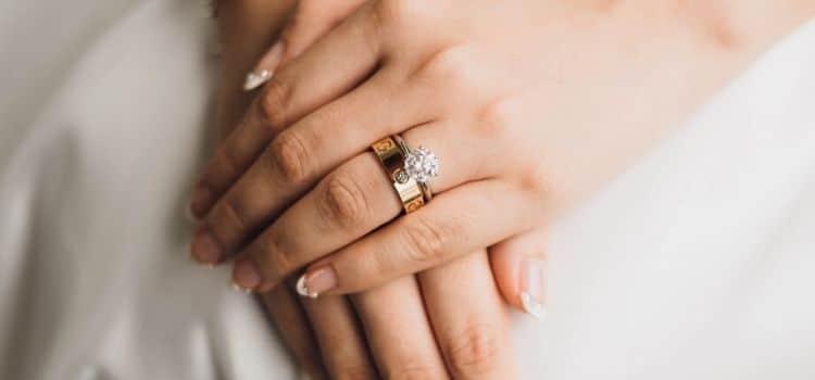 moissanite engagement ring 2