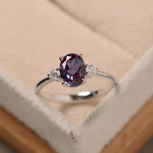 Natural Alexandrite Engagement Rings