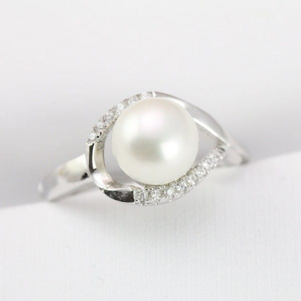 Pearl Ring Dream Meaning