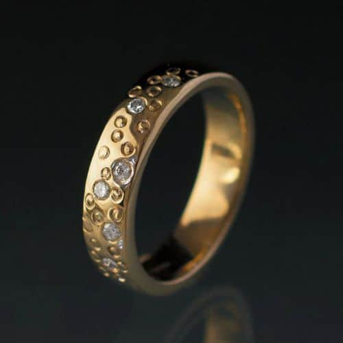 Wedding Rings For A Woman